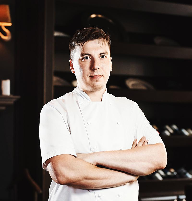 Шеф-повар ресторана Бурбон Алексей Квасов