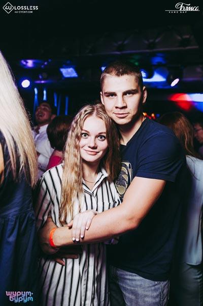 Оксана Почепа «Акула» в ретро-клубе «Блисс»